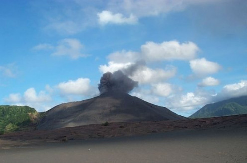 Mt Yasur Volcano.   Image by Snakesmum