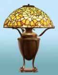 Characteristics of Antique Tiffany Lamps | Tiffany Table Lamps
