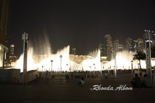World's Largest Dancing Fountain