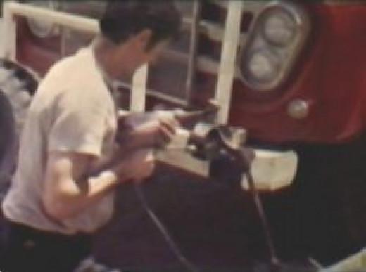 Helmut drilling with 12v on Bullbar