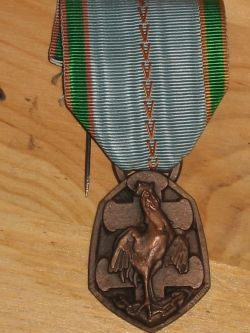 French 1939-45 War Commemorative Medal
