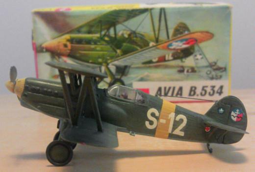 Avia B.534 White S-12