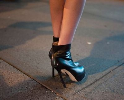 Is This Girl Comfortable In THESE High Heels?