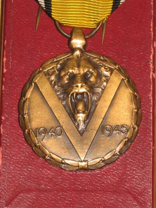 A boxed WW2 Belgian War Commemorative Medal - detail of obverse