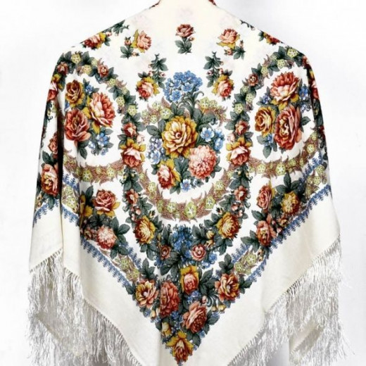 Wool shawl from Pavlovo Posad Shawl Factory