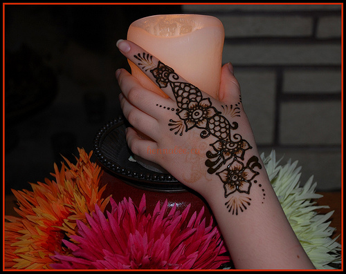by Henna Bee