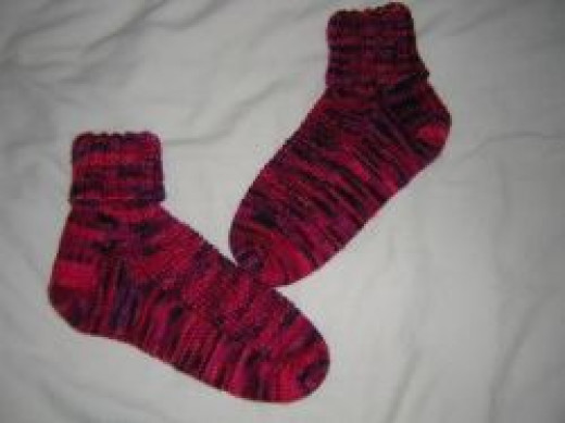 Socks knitted with Mirasol Hacho
