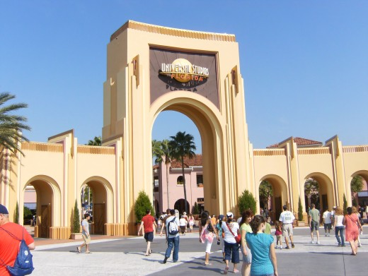 Late fall is one of the best times to visit Universal Studios, above, or Disney World in Orlando because of comfortable temperatures. Source: public domain