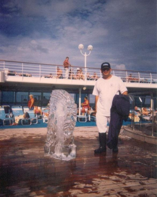 Ice scupting demonstration on the pool deck
