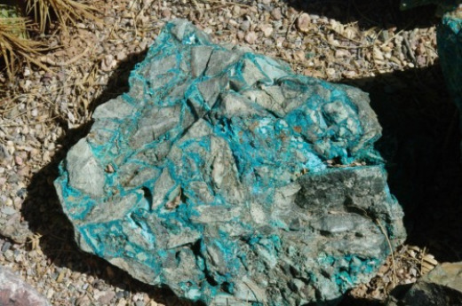 Copper ore. This is from the edge of a deposit and not worth processing.