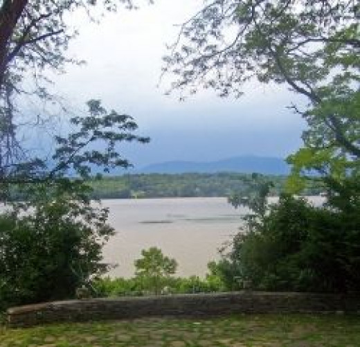 Hudson view from Clermont Manor