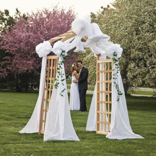Carv diy wedding arbor ideas for Arbor decoration ideas