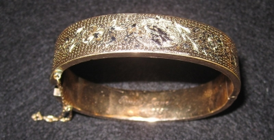 My Mom's Gold Bangle Bracelet - I Wear it When I go out!