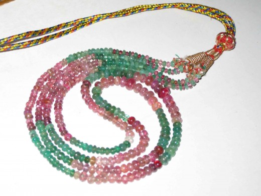 Tourmaline and emerald beads capitulated