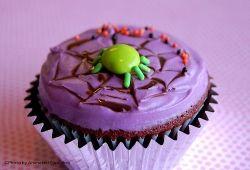 Cutie Spider Cupcake