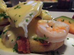 Shrimp with cheese sauce