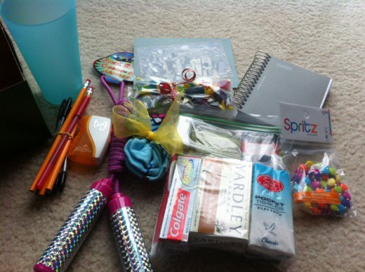 Operation Christmas Child Shoebox Ideas For A 10- To 14