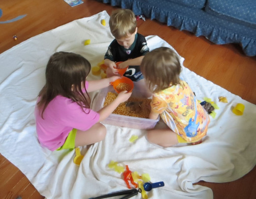 Learning to share and cooperate through play