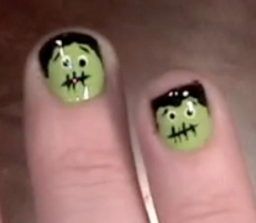 Cute frankenstein Halloween nail art manicure tutorial