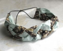 Make a No-Sew Braided Headband from Old Clothes or Scrap Fabric