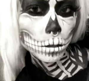 DIY zombie skeleton halloween makeup tutorial {video}