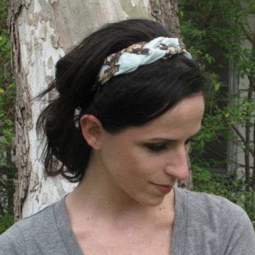 Finished Product! You can make your own no-sew headband from strips of scrap fabric too!