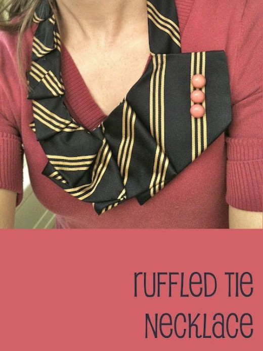 tie necklace, upcycled craft, how-to, tutorial, fabric jewelry, diy, upcydled fashion accessory