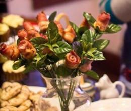 Bacon Roses by nodigio