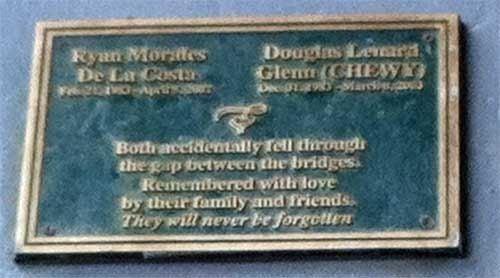 Closeup of the Memorial Message