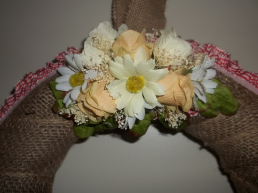 This is the bouquet for the top of the Rose Rustic Wreath