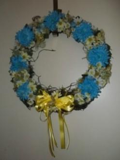 Make A Butterfly Wreath