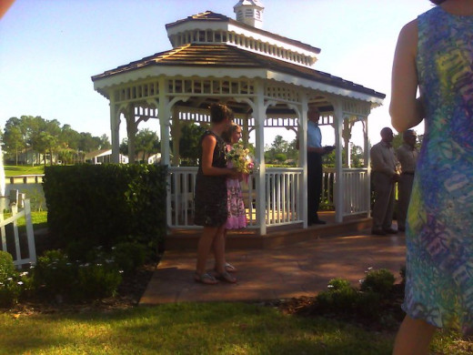 Gazebo weddings can be casual or formal. It's your call