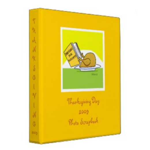 Save those Feast Day photos in this funny binder featuring a turkey who's eager to impress.  Get a better look when you click on the highlighted text in the opening paragraph.