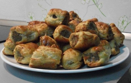 Curry Sausage rolls