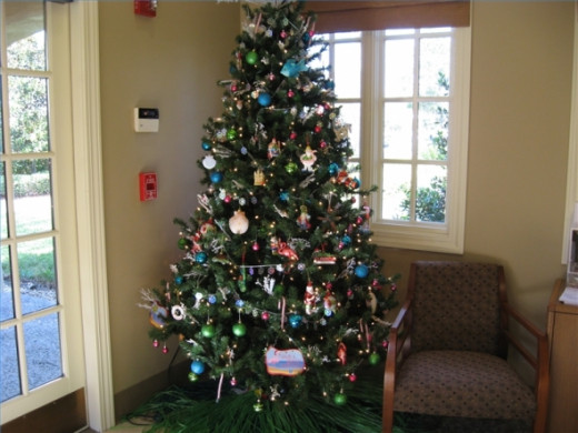 Get the community involved in decorating the library Christmas tree