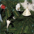Find a Theme for a Christmas Tree