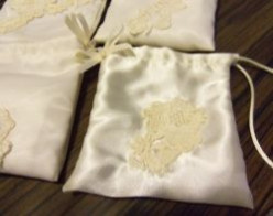 How to Make A Wedding Tissue & Lipstick Pouch