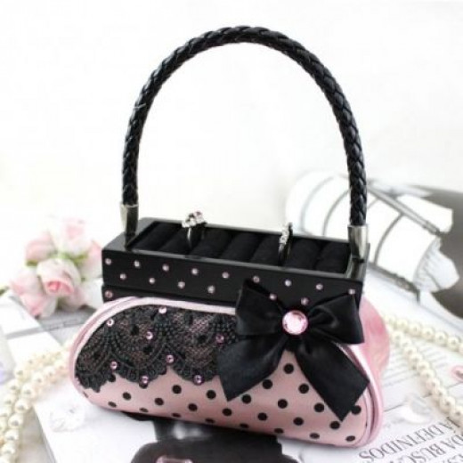Polka Dot Handbag Ring Holder Available on Amazon