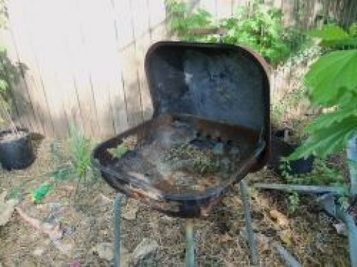 What do you think? Is this grill too far gone?