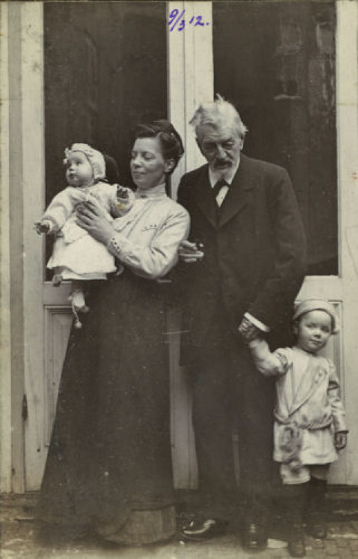 Synco  (right) with his mom, his sister and his granddad.