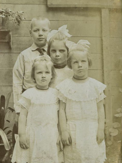 Synco with his sisters Heleen, Arina and Koosje