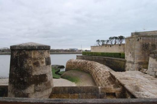 Architecture and sea views are a great combination at La Rochelle