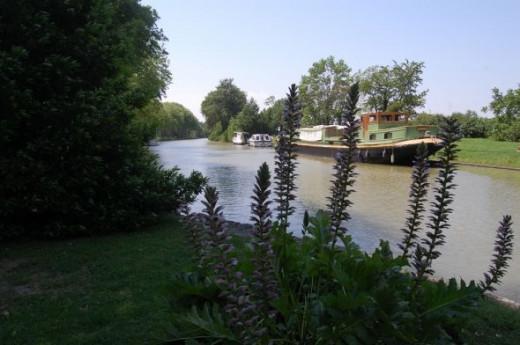 Canal Du Midi - Castlenaudary France
