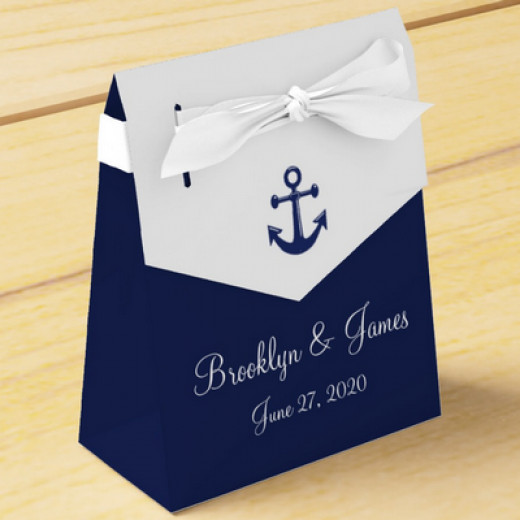 add-your-personal-message-to-this-personalized-favor-box