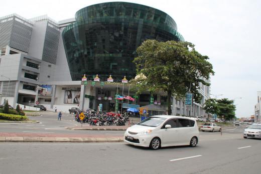 Shopping at KK: Suria Sabah Shopping Mall
