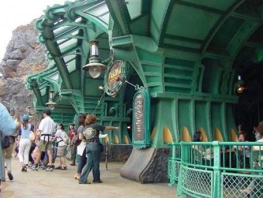The entrance to Vulcania Restaurant at Tokyo DisneySea