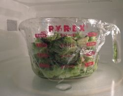Pyrex Glass Measuring Cup works Well for Steaming Vegetables in Microwave