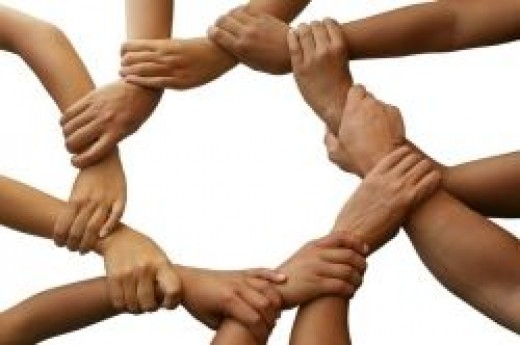 Circle of holding hands - aapkiseva.org