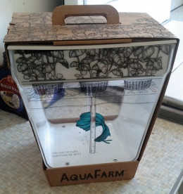 Aquafarm in the Box by Hackaday. Some Rights Reserved.