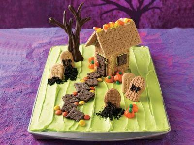 The Halloween Graveyard Cake